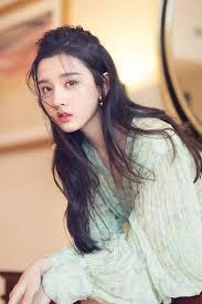Pin by Quỳnh Mai Nguyễn on Tống Tổ Nhi | Asian beauty girl, Beautiful  chinese women, Beauty girl