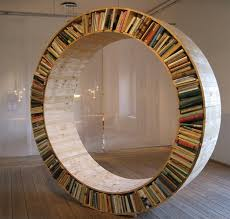 round bookshelf - I am not big on reading books, but this would definitly  get