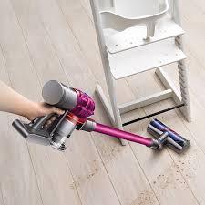 dyson v7 vacuum hardwood floors