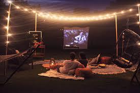 DIY Backyard Movie Night  RightHomeMovie Backyard