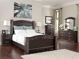 Bedroom: Dark Wood Bedroom Set