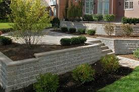 roman pisa retaining wall block by unilock at benson stone co in rockford il