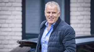 Hollandalı ünlü gazeteci Peter R de Vries'e silahlı saldırı: Ağır yaralandı  - Tokat Gündem