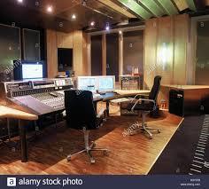 Tv studio furniture Small Soundstage Mixed Writing Desks Studio Music Studio Tv Studio Setup Technology Mixed Writing Desk To Monitor Radioworldcom Soundstage Mixed Writing Desks Studio Music Studio Tv Studio
