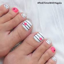 Cute Pedicure Designs Pink Pearl Pedicure Design Pedicure Designs Multicolored