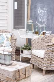 this gorgeous patio is perfect for summer entertaining learn how to create a simple