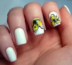 Nail Cake: Jan Weiss 'Yellow Petals' Inspired Nail Art