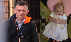 Man, 32, who 'snuffed out' baby daughter's life by shaking her to death is  jailed for seven years | Daily Mail Online