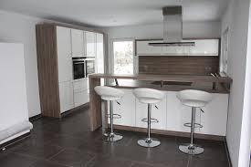 Kchen Mit Insel Modell Weiße Küche Mit Kochinsel Gimnasios