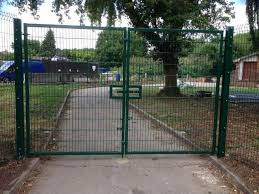 Metal chain fence gate Lowe Indiamart Metal Fencing London Wrought Iron Gates Panels And Posts