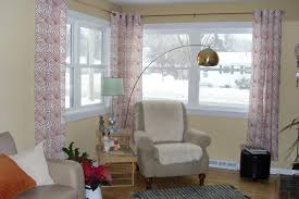 advice how to hang curtains at corners pip