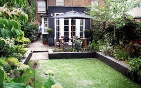 reader garden makeover from overgrown toilet block to urban garden makeover ideas