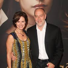 elizabeth vargas. elizabeth vargas faced divorce with husband of 12 years in 2014: reason behind her crossed married life?
