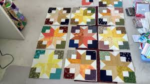 My Purple Patch: Boxy or Square Stars & So this is what I'm currently working on, Boxy stars (thanks to Bonnie  Hunter's Quiltville free patterns). The blocks are made from 2½
