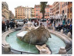 Sie liegt an der piazza di spagna und führt hinauf zur kirche trinità dei monti. Rom Spanische Treppe Trevi Brunnen