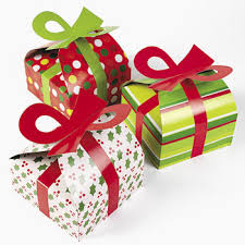 3D Christmas Gift Boxes With Bow (6)