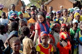 Resultado de imagem para imagens de jovens cristãos missionarios