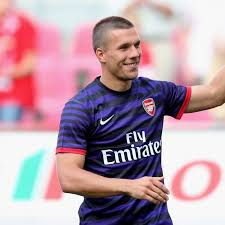 Podolski: Neue Herausforderung in London - FIFA.com