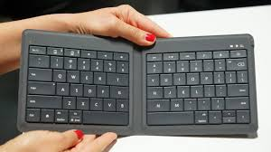 <b>Ultraportable</b> Microsoft Universal <b>Foldable Keyboard</b> cavorts with ...