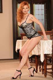 Busty Redhead Mom In High Heels Photos And Other Amusements Comments 3