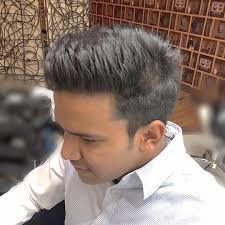 タイ語学校の同級生インド人イケメン男性ヘアカットに挑戦シーロム