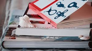 They say something about your personality and generate conversations about interesting topics. The Best Boat Books And Sailing Novels To Read On Board