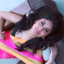 Kritika Kamra Hairstyle Name
