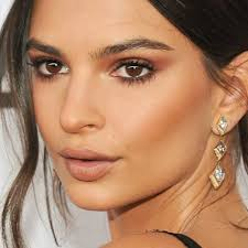kim k s makeup artist shares his best tricks for looking flawless in photos and on camera the post kim kardashian s makeup artist reveals 4
