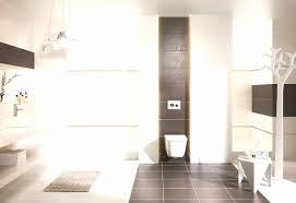 Moderne Badezimmer Mit Dusche Und Badewanne Ferienwohnung Barbara