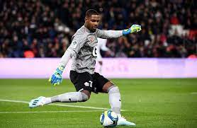 Mike maignan is a french professional footballer who plays as a goalkeeper for ligue 1 club lille and the france national team. Mike Maignan On Zlatan Ibrahimovic I Told Him He Was A S Attacker Get French Football News