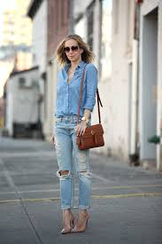 Light Blue And Brown Outfit What Colors To Wear With Light Blue Jeans