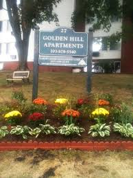 building photo golden hill apartments