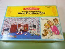 Realife Miniatures Dollhouse Furniture & Room Items Kits