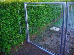 Recinzioni Da Giardino In Metallo : Rete per recinzione giardino recinzioni e paletti