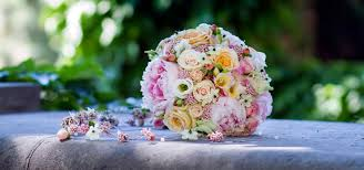 Svatební Kytice Fotogalerie řekne Víc Než 1000 Slov Inspirujte Se