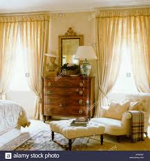 Luxuriösen Landhaus Stil Schlafzimmer Stockfoto Bild 151767959 Alamy