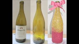 How To Decorate your Wine/ Champagne Bottle with Glitters !! - New Year's &  Christmas