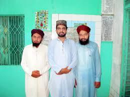 Muhammad Ali Raza Qadri in Grave of Hazrat Qanbeet , Hazra…   Flickr
