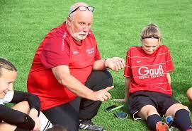 Fussball: Alicia Roller bringt Berneckerinnen auf die Siegerstraße ...
