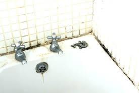 removing bathroom caulk bathtub replacing bathtub caulk mold in bathroom tub new remove removing moldy bathtub removing bathroom caulk