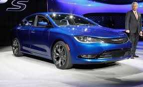 2015 Chrysler 200 Sedan First Drive | Review | Car and Driver