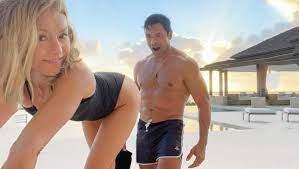 Kelly Ripa macht ihren Ehemann wuschig ...