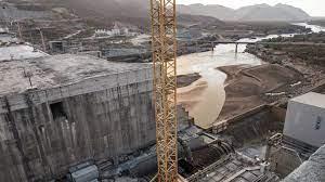 إثيوبيا تبدأ ملء خزان سد النهضة على النيل الأزرق رغم الخلافات مع السودان  ومصر