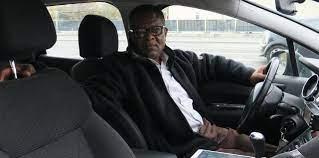 Nous n'avons plus de clients» : le cri d'alarme des chauffeurs de taxi  parisiens - Le Parisien