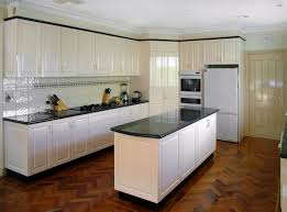 Kitchen Granite Benchtops 17 Best Ideas About Wooden Kitchen Cabinets On Pinterest Colored