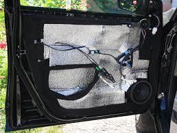 Шумоизоляция дверей отчет бортжурнал toyota rav Мурка  На наружной поверхности передней двери наклеен Акцент и Битопласт по периметру
