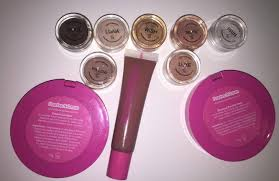 here you can see the names of the s the pigments i have are in the shades soul luna wish selfie prin willow and luxe