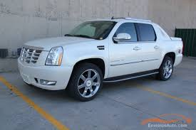 2010 Cadillac Escalade EXT Specs and Photos | StrongAuto