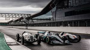 Unofficial service can be dangerous. 125 Years Of Motorsports At Mercedes Benz Parade Of Stars In Silverstone
