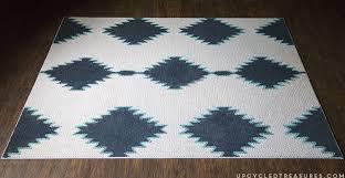 diy painted rug upcycledtreasures com